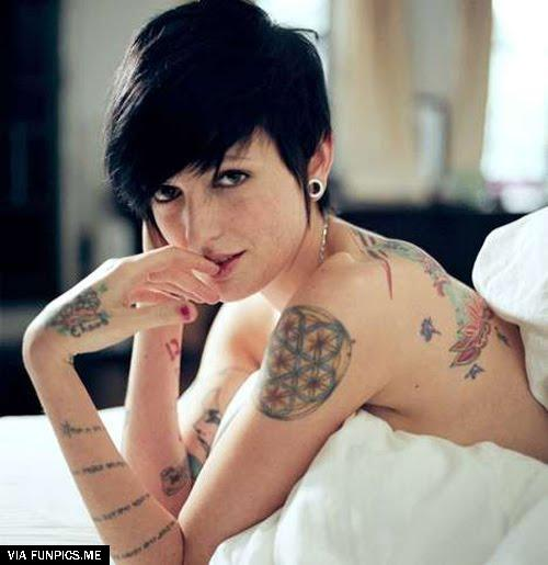 celebrities with tattoos 4